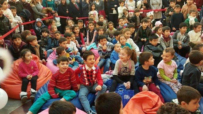 Sanko Park'ta Çocukların Kukla Yapma Sevinci