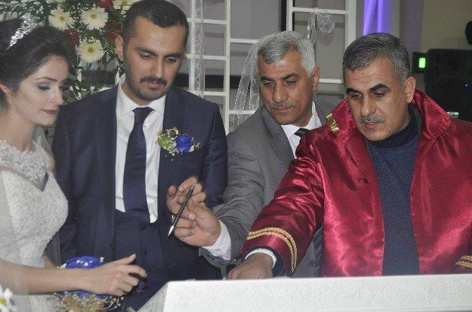 Gazeteci Gamze Şeker'in Mutlu Günü