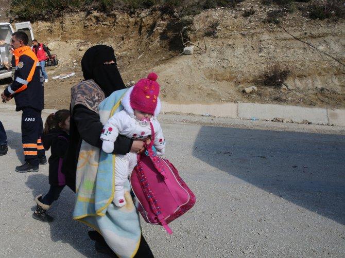 Suriye'den 3 günde 3 bin 120 Türkmen Türkiye'ye geldi