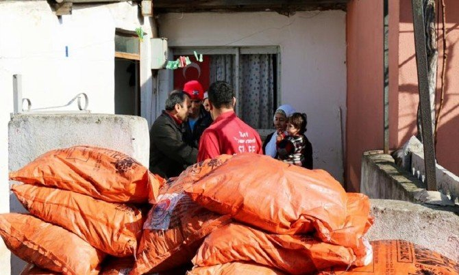 Suriyeli Savaş Mağdurlarına Yardım