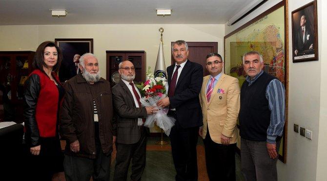 Yeşilyurt Yeşilbağlar Camii cemaatinden Başkan Karalar'a teşekkür