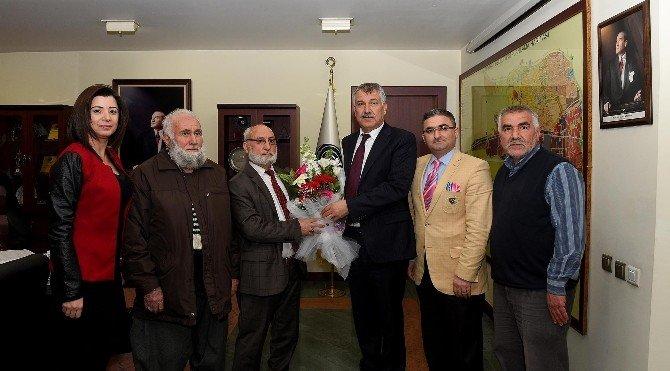 Camii Cemaatinden Başkan Karalar'a Teşekkür Ziyareti