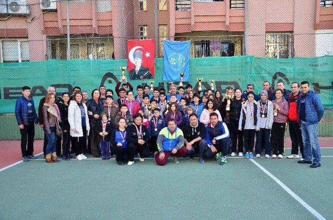Yıldızlar Ve Gençler Tenis İl Birinciliği Kış Kupası Sona Erdi