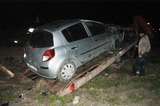 Adana'da Polis Aracı Kaza Yaptı: 2 Yaralı