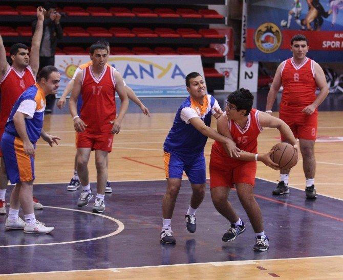 27 İlden 480 Özel Sporcu Alanya'da