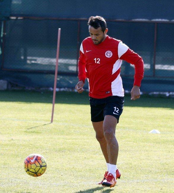 Antalyaspor'da Fenerbahçe Maçı Hazırlıkları Sürüyor