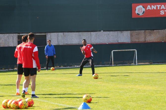 Antalyaspor'da Fenerbahçe maçı hazırlıkları
