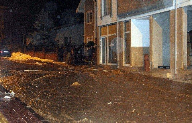 Bozkurt'ta Aşırı Yağışlar Sele Dönüştü