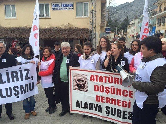 CHP'li Basmacı, Prof. Muammer Aksoy'u Memleketinde Andı