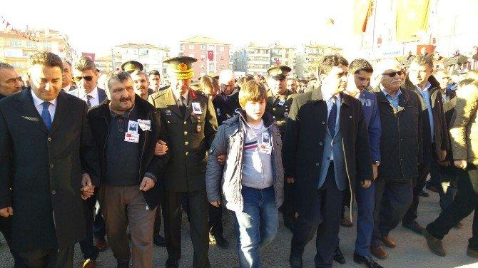 Şehit Uzman Çavuş Sercan Bulak Son Yolculuğuna Uğurlandı