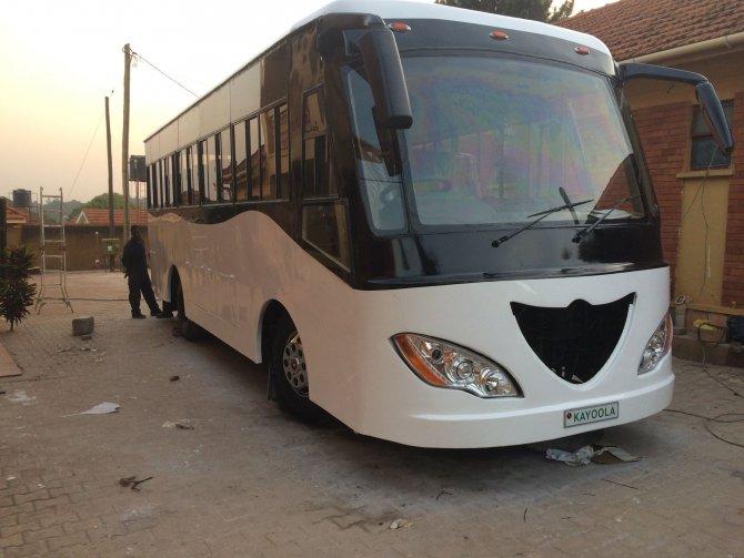 Afrika'nın ilk güneş enerjili otobüsü Uganda'da üretildi