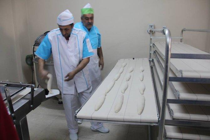 Karayazı Halk Ekmek Fabrikası hizmete girdi
