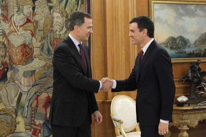 İspanya Kralı, hükümeti kurma görevini sosyalist lider Sanchez'e verdi