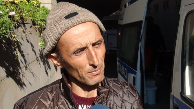 Baltayla öldürülen bebeğin cenazesi babası tarafından alındı