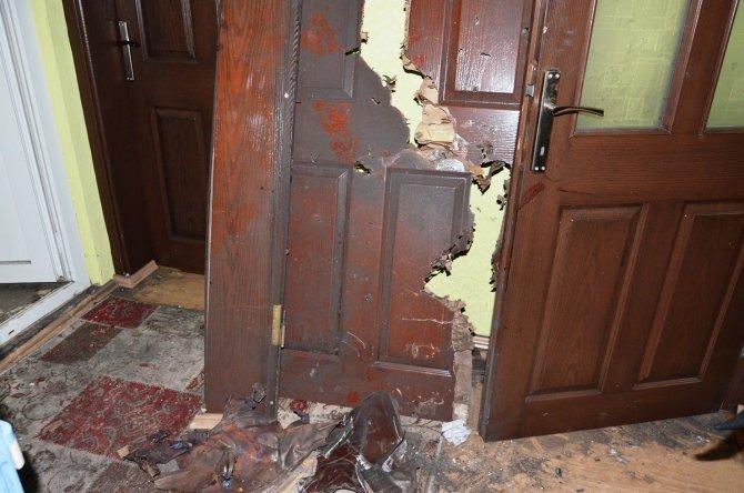 Sobaya atılan odunlar patladı: 7 yaralı