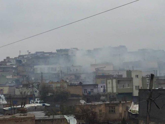 Nusaybin'den Cizre'ye yürümek isteyen HDP'lilere polis müdahalesi