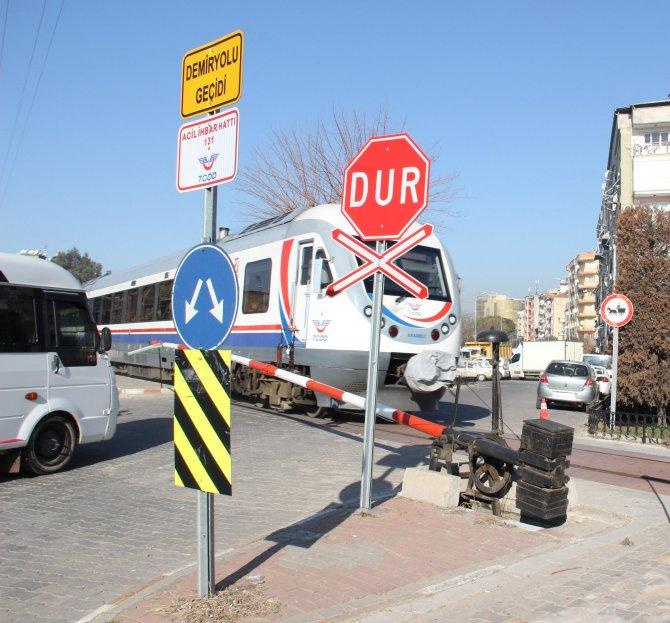 'Millî Sinyal Sistemi' Aydın'daki pilot hemzemin geçitlerde başlayacak
