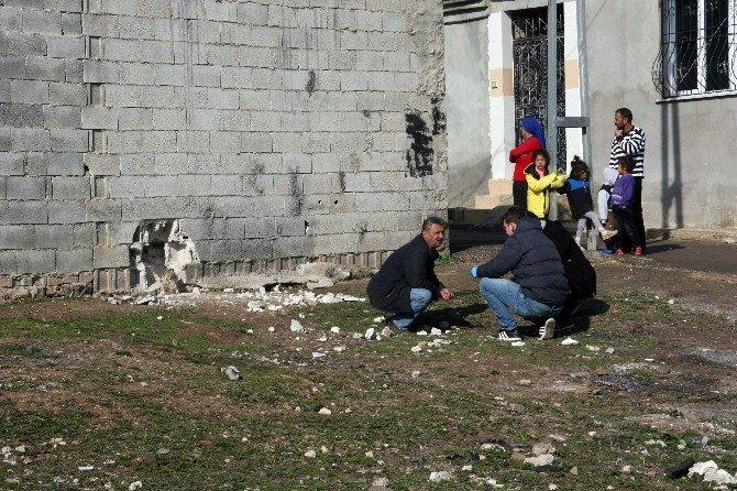 Kilis'te Tahrip Olan Duvardan Numune Alındı