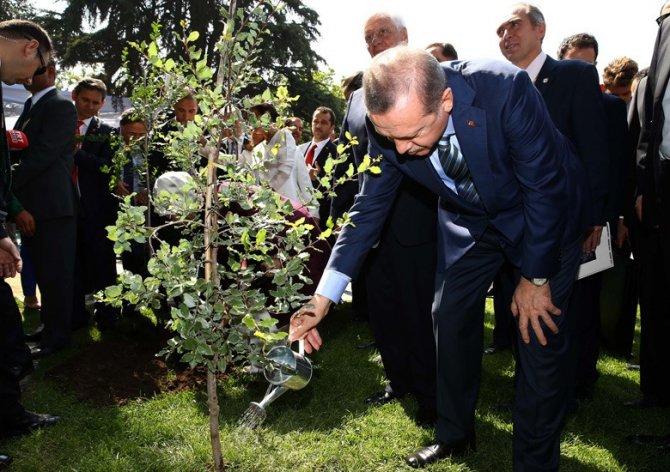 Cumhurbaşkanı Erdoğan, Vitacura Türkiye Parkı'nı açtı