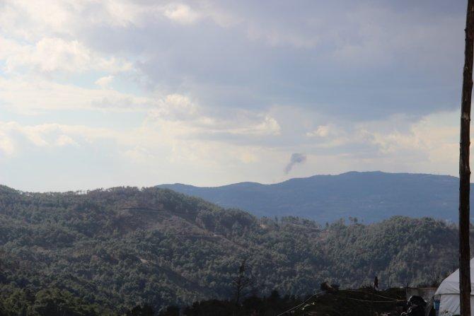 Cephede çatışan Türkmenlere telsizle 'psikolojik yıldırma' taktiği uygulanıyor