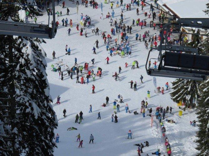 Uludağ Davos Olamadı, Türkler Kayak Yapmak İçin Bulgaristan'a Akın Ediyor
