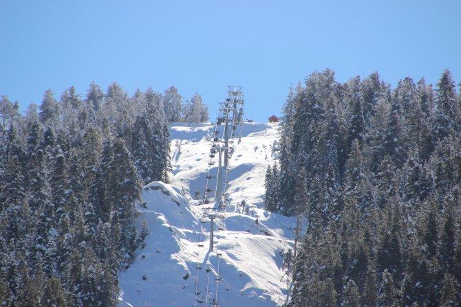 Ilgaz Dağı'nda karne tatili yoğunluğu yaşanıyor