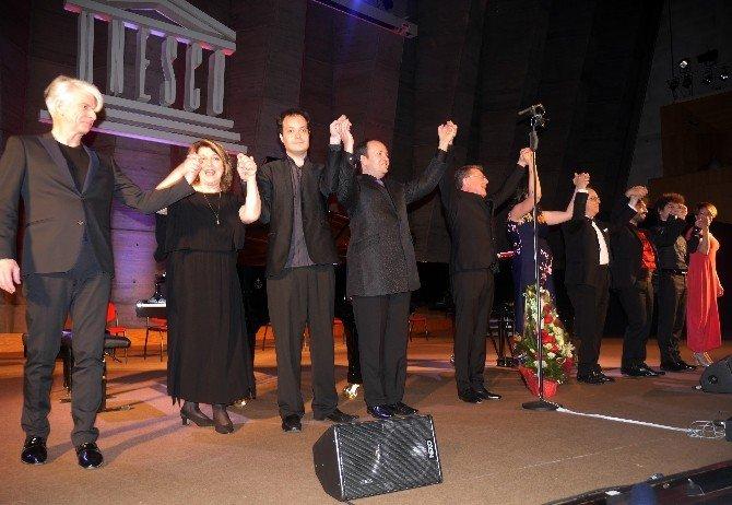 UNESCO'da Palmira İçin Barış Konseri Düzenlendi