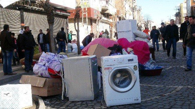 Yasak Kalktı 'Göç' İzdihamı Başladı