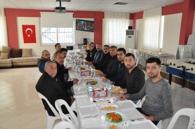 Alıcık, Arslanlı Gençlik Spor Kulübü Yönetimiyle Buluştu
