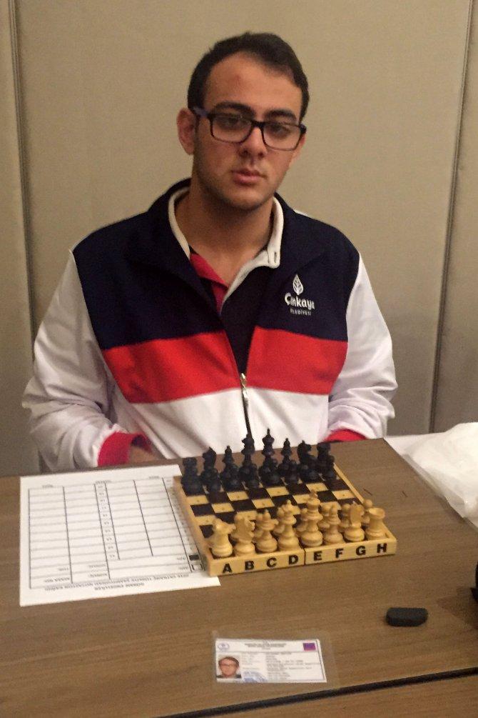 Çankaya'nın görme engelli satranççıları şampiyon