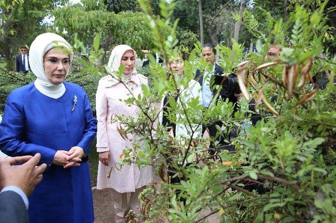 Emine Erdoğan Peru'da Botanik Bahçesini İnceledi