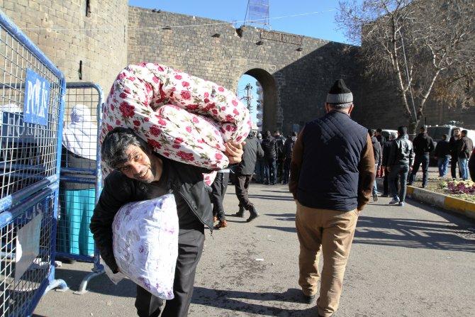 Halk Sur'dan umudunu kesti, temelli göç başladı