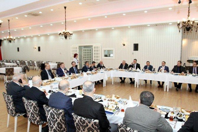 """Başkan Kadıoğlu: """"Esenyurt'u 13 Yılda İstanbul'un En Büyük Üçüncü İlçesi Yaptık"""""""