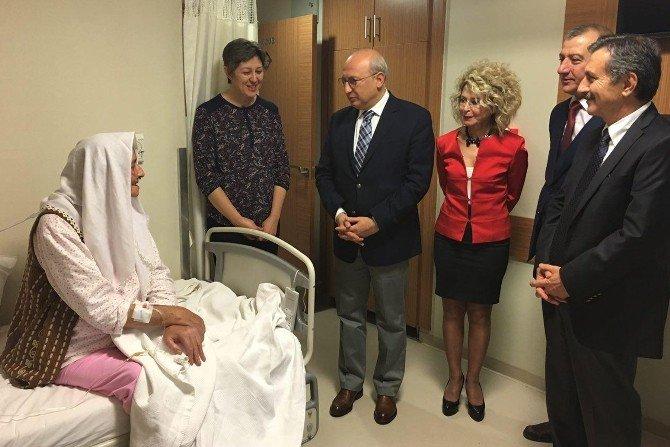 Başkan Ataç'tan Kazım Kurt'un Ablasına Geçmiş Olsun Ziyareti