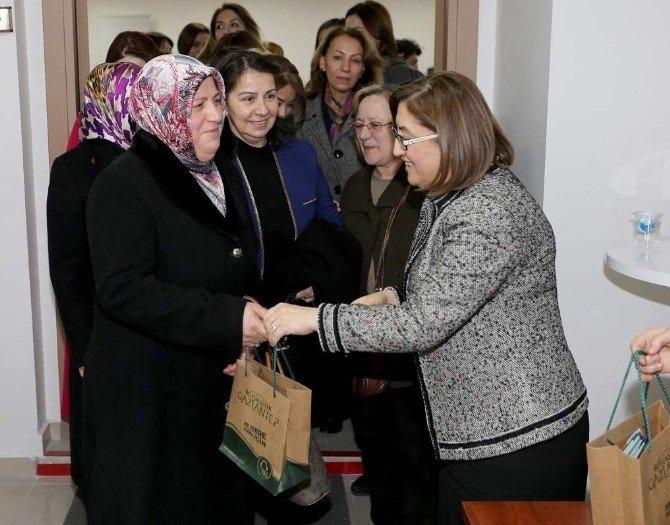 Fatma Şahin Kadının Sorunlarını Anlattı