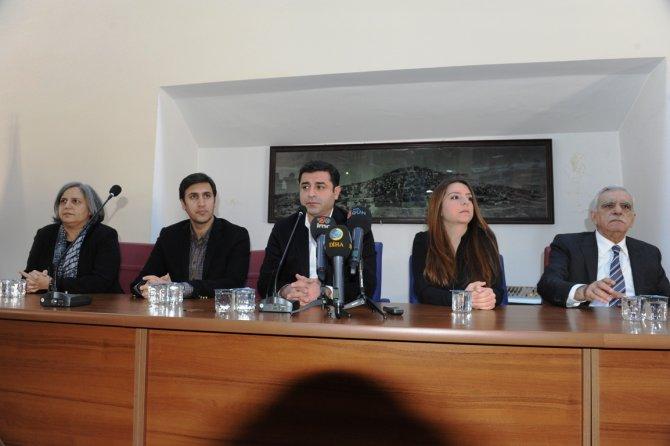 Demirtaş, Mardin'den barış çağrısı yaptı