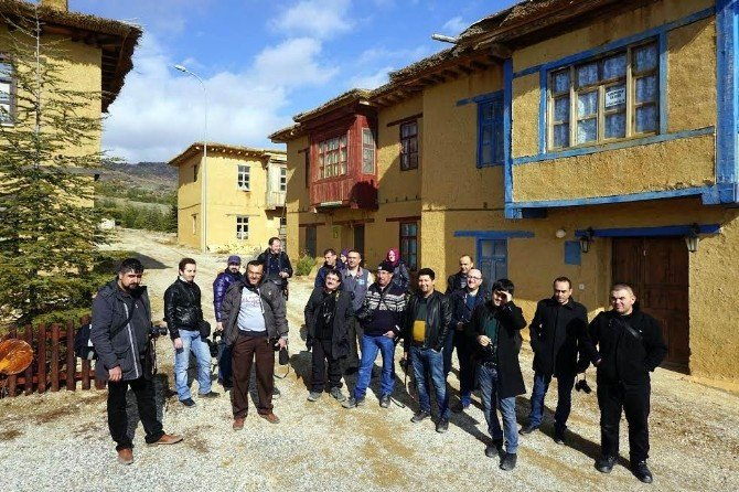 Karamanlı Fotoğrağ Tutkunları, Beyşehir'e Hayran Kaldı