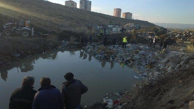 'Su Kuyusuna Çocuk Düştü' İhbarı Ekipleri Harekete Geçirdi