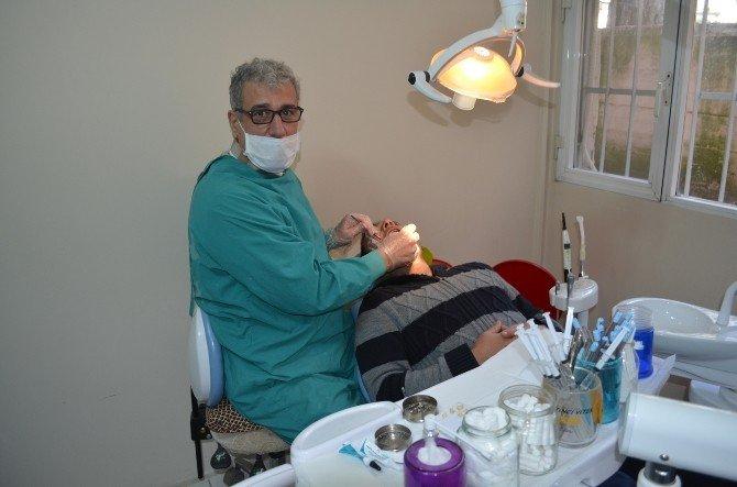 Bakımsız Dişler Sağlığı Tehdit Ediyor