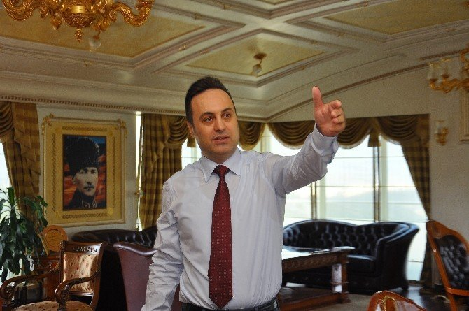 """Myp Lideri Ahmet R. Yılmaz: """"Bülent Arınç'a Çağrıda Bulunuyorum"""""""