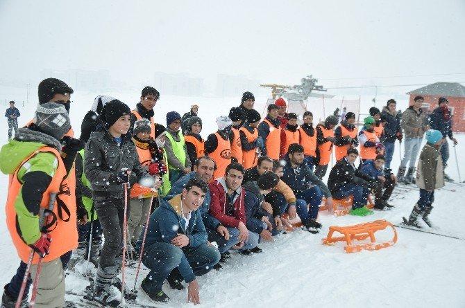 Çocukların Kayak Keyfi