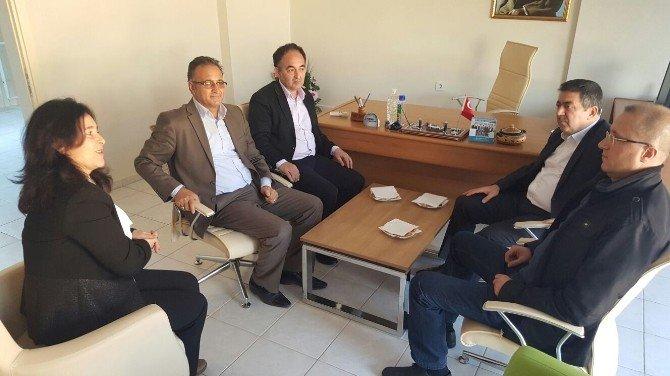 Balıkesir Milletvekili Ali Aydınlıoğlu Edremit'te Kurumları Ziyaret Etti
