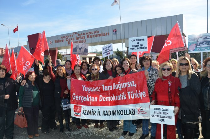 Umut nöbetini CHP'li kadınlar tuttu
