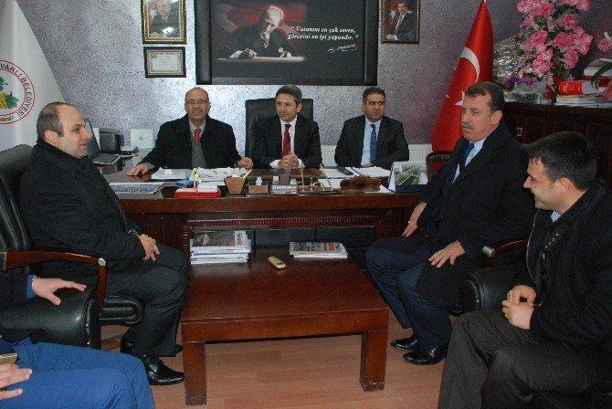 Milletvekilleri Suvarlı Belediyesini Ziyaret Etti