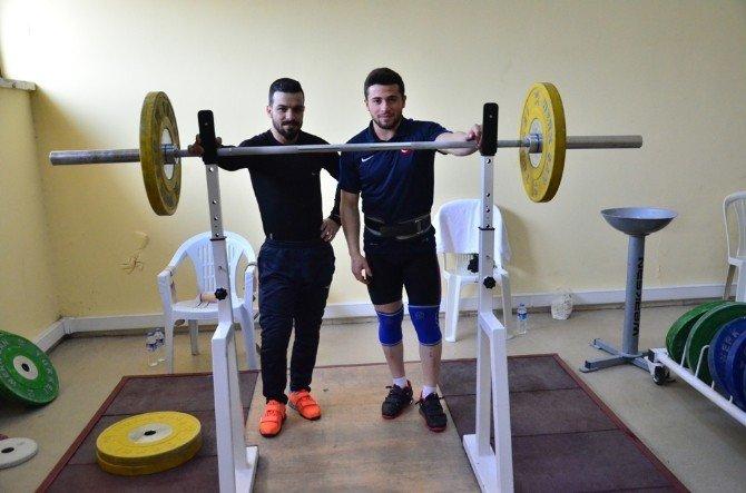Halter Milli Takımı Avrupa Şampiyonası'na Adana'da Hazırlanıyor