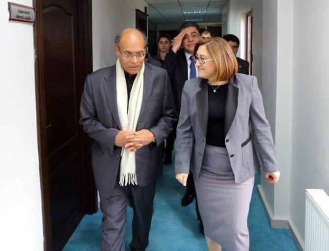 Tunus Eski Cumhurbaşkanı Elmarzuki'den Başkan Şahin'e Övgü