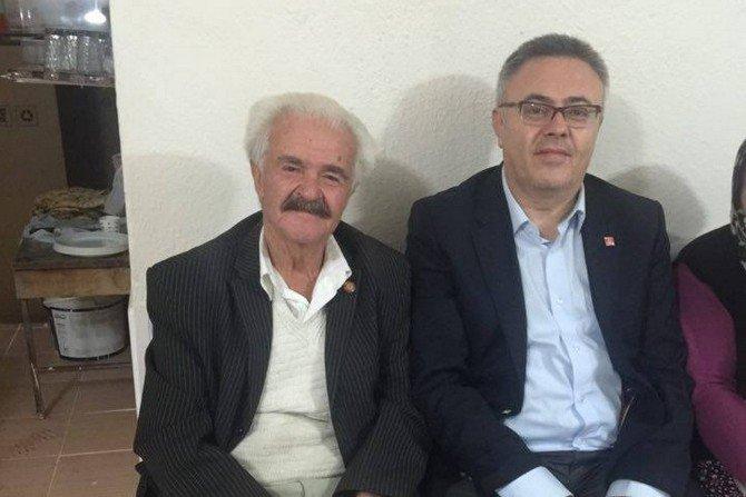 CHP Uşak İl Başkanı Karaoba, 32 Yıllık Muhtarın Tecrübelerini Dinledi
