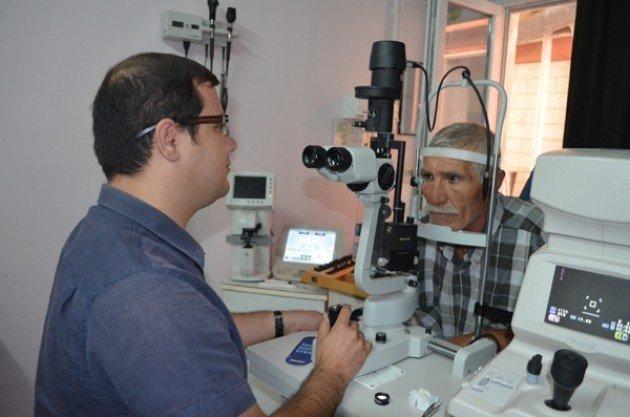 Uzman Hekimler Mesai Dışında Hasta Kabul Ediyor