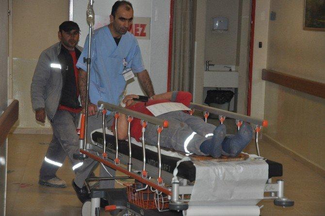 Beton Blok Koptu, İki İşçi Yaralandı