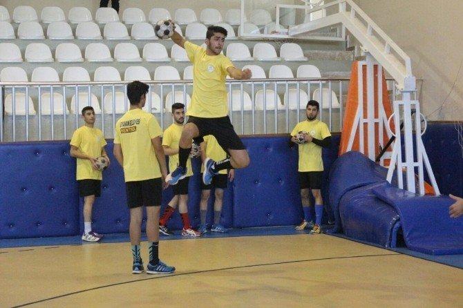 Adıyaman Belediyespor Hentbol Takımı, Sivas Gençlikspor'a Bileniyor